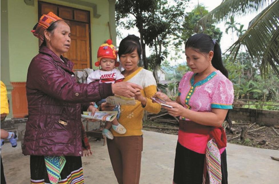 Già làng Ating Cao Tin tại Hà Nội nhân dịp Lễ Tuyên dương Người có uy tín, nhân sĩ trí thức và doanh nhân tiêu biểu DTTS lần thứ Nhất năm 2017 (tháng 12/2017).