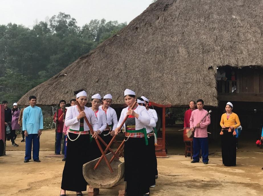 Đâm đuống là một nét văn hóa độc đáo của người Mường.