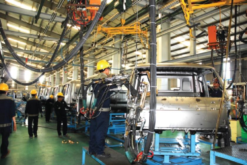 Năng suất lao động của Việt Nam hiện vẫn thua Lào và kém xa nhiều nước trong khu vực.