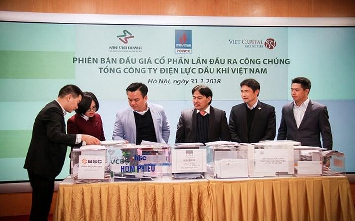 Ngày 31/1, Tổng Cty Điện lực Dầu khí Việt Nam (PV Power, thuộc Tập đoàn Dầu khí) đã tổ chức thành công phiên đấu giá cổ phần lần đầu ra công chúng (IPO). Toàn bộ hơn 468,37 triệu CP (tương đương 20% cổ phần PV Power) đã được đấu giá thành công, Nhà nước thu về gần 7.000 tỷ đồng.