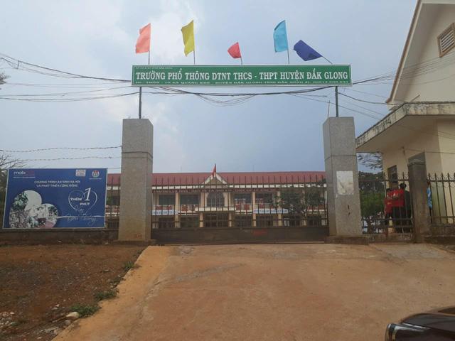 Trường Phổ thông Dân tộc nội trú THCS và THPT huyện Đắk G'Long - nơi xảy ra sự việc.