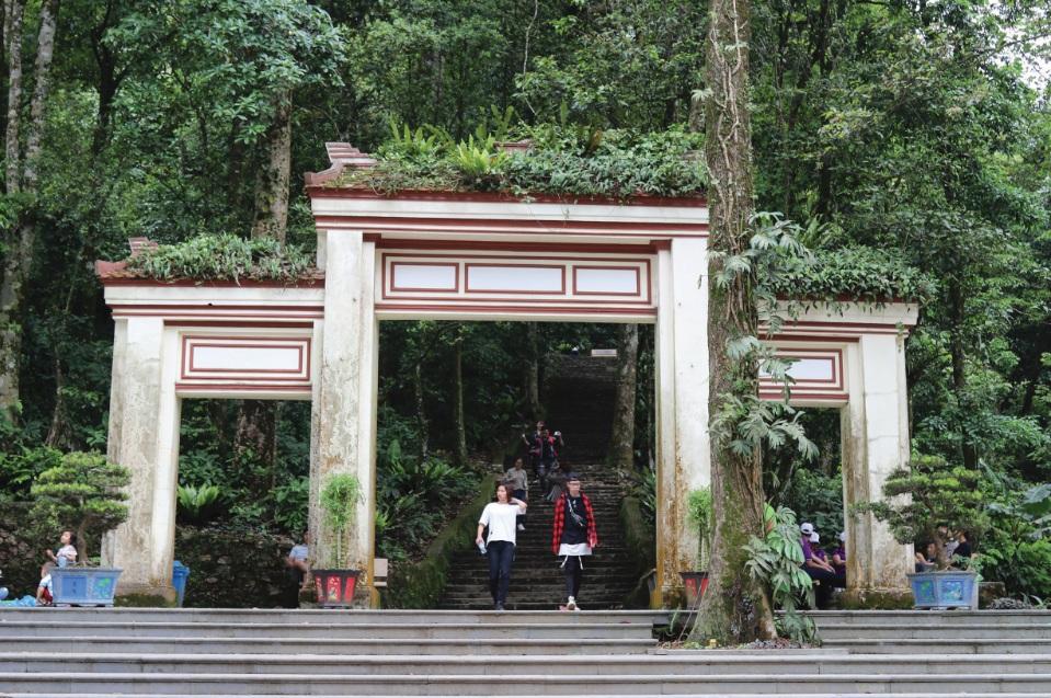 Kết quả hình ảnh cho đền thờ bác hồ ba vì