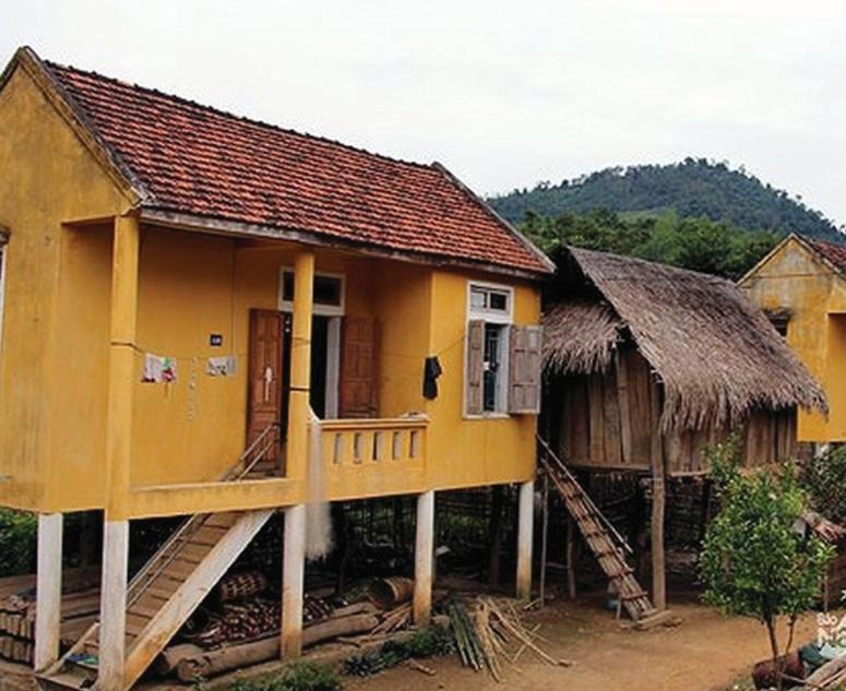 Sự khập khiễng trong bảo tồn bộc lộ từ những căn nhà của người Ơ-đu ở Tương Dương, Nghệ An. (Ảnh tư liệu)