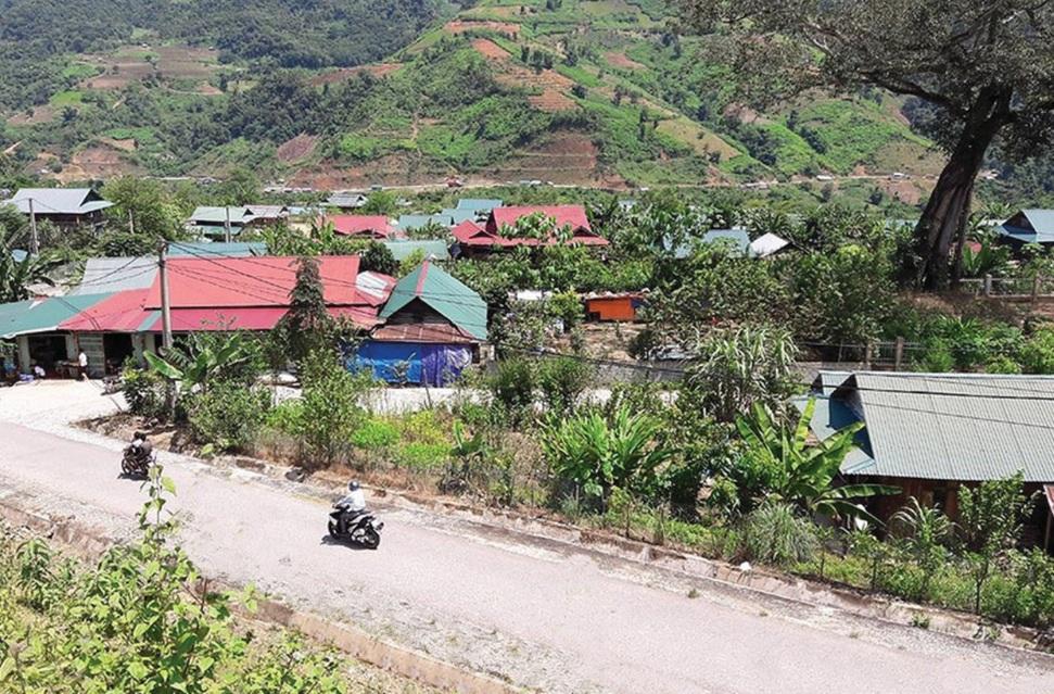 Bản tái định cư Sì Thâu Chải, xã Kan Hồ, huyện Mường Tè, tỉnh Lai Châu, nơi ở mới của người Si La.