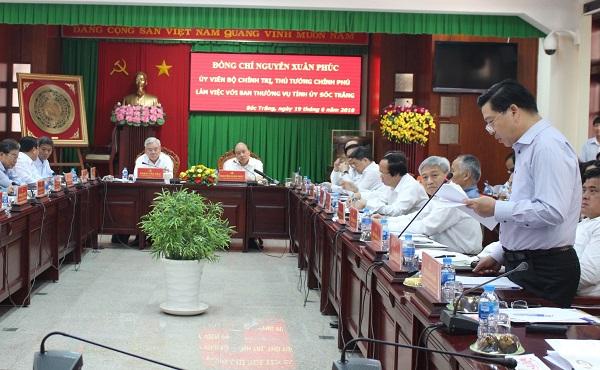 Thứ trưởng, Phó Chủ nhiệm Lê Sơn Hải phát biểu tại buổi làm việc với Ban Thường vụ Tỉnh uỷ Sóc Trăng