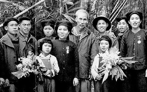 Xã Hợp Thành, huyện Phú Lương, tỉnh Thái Nguyên là nơi được Bác Hồ chọn tổ chức Đại hội chiến sỹ thi đua toàn quốc lần thứ nhất.