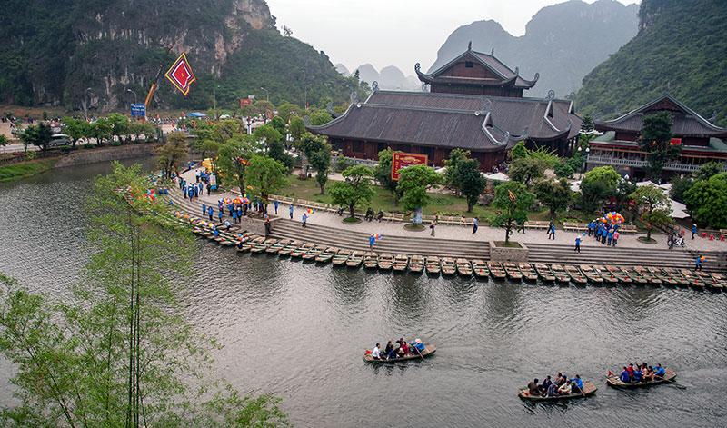 Phấn đấu đến năm 2020, tỉnh Hà Nam thu hút được 2 triệu khách du lịch.