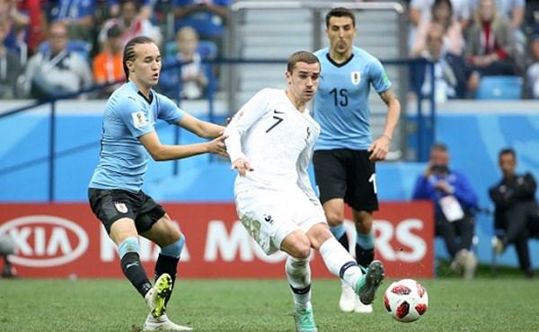 Griezmann (ở giữa) đã có 3 bàn thắng cho ĐT Pháp (Ảnh: Getty).
