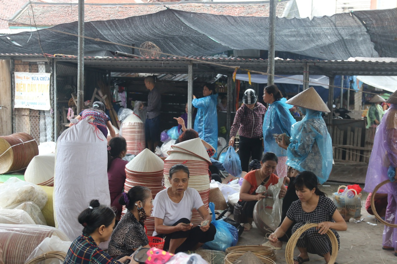 nón lá làng Chuông