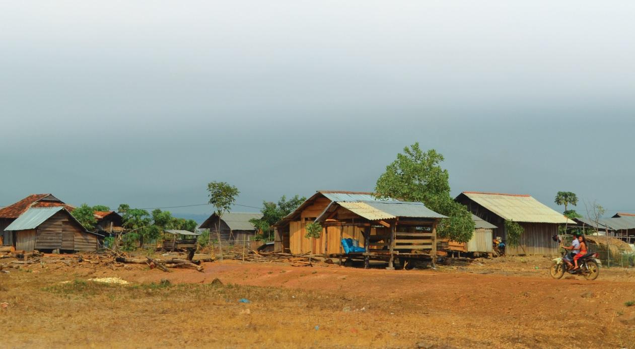 Một góc của buôn Mông, xã Ea Kiết.