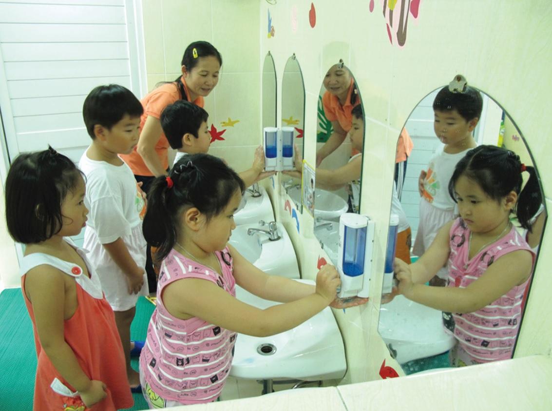 bệnh chân tay miệng ở trẻ em