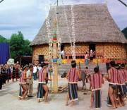 Già làng Bùi Văn Cầm
