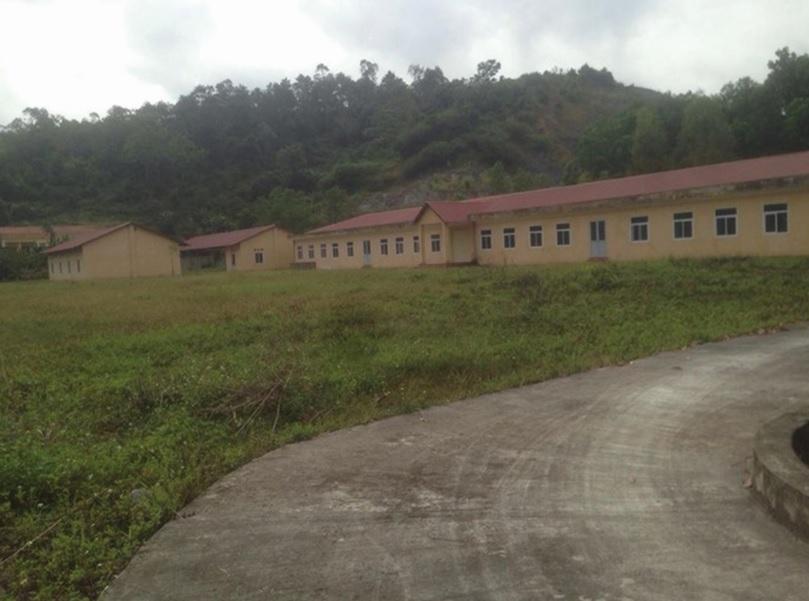 Một dãy nhà của Trung tâm cai nghiện ở Lạng Sơn xây dựng xong bị bỏ hoang.