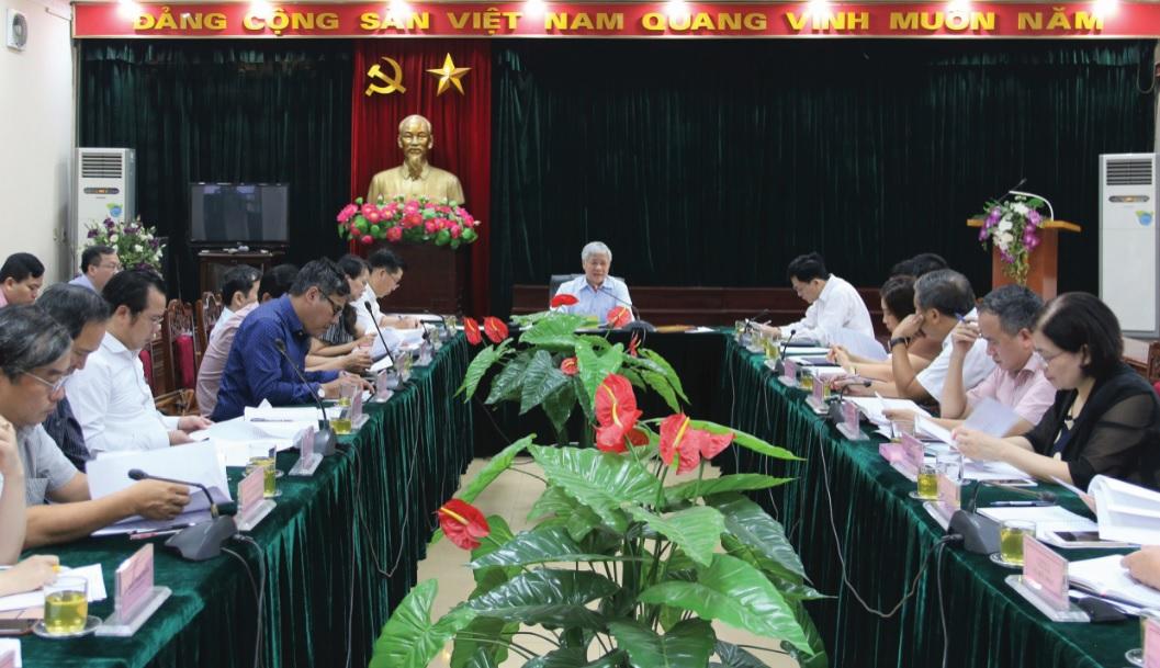 Bộ trưởng, Chủ nhiệm UBDT Đỗ Văn Chiến chủ trì cuộc họp. Ảnh Nghĩa Hiệp