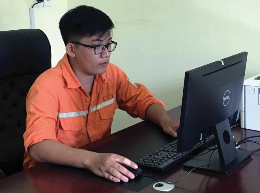 Nguyễn Hoàng Trung.