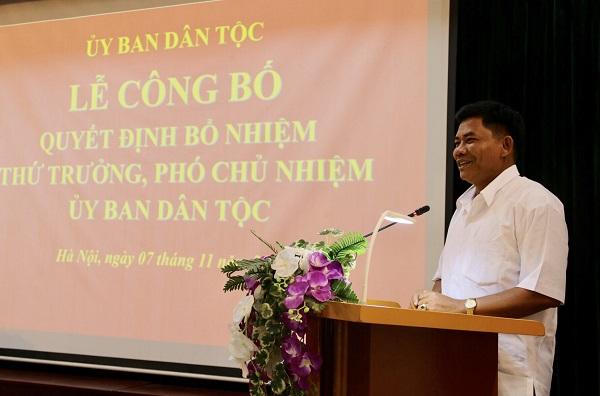 Thứ trưởng, Phó Chủ nhiệm Y Thông phát biểu tại buổi Lễ