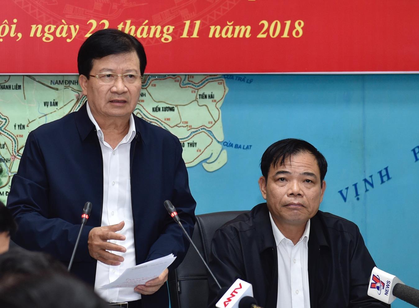 Phó Thủ tướng Trịnh Đình Dũng phát biểu tại cuộc họp. Ảnh: VGP/Nhật Bắc