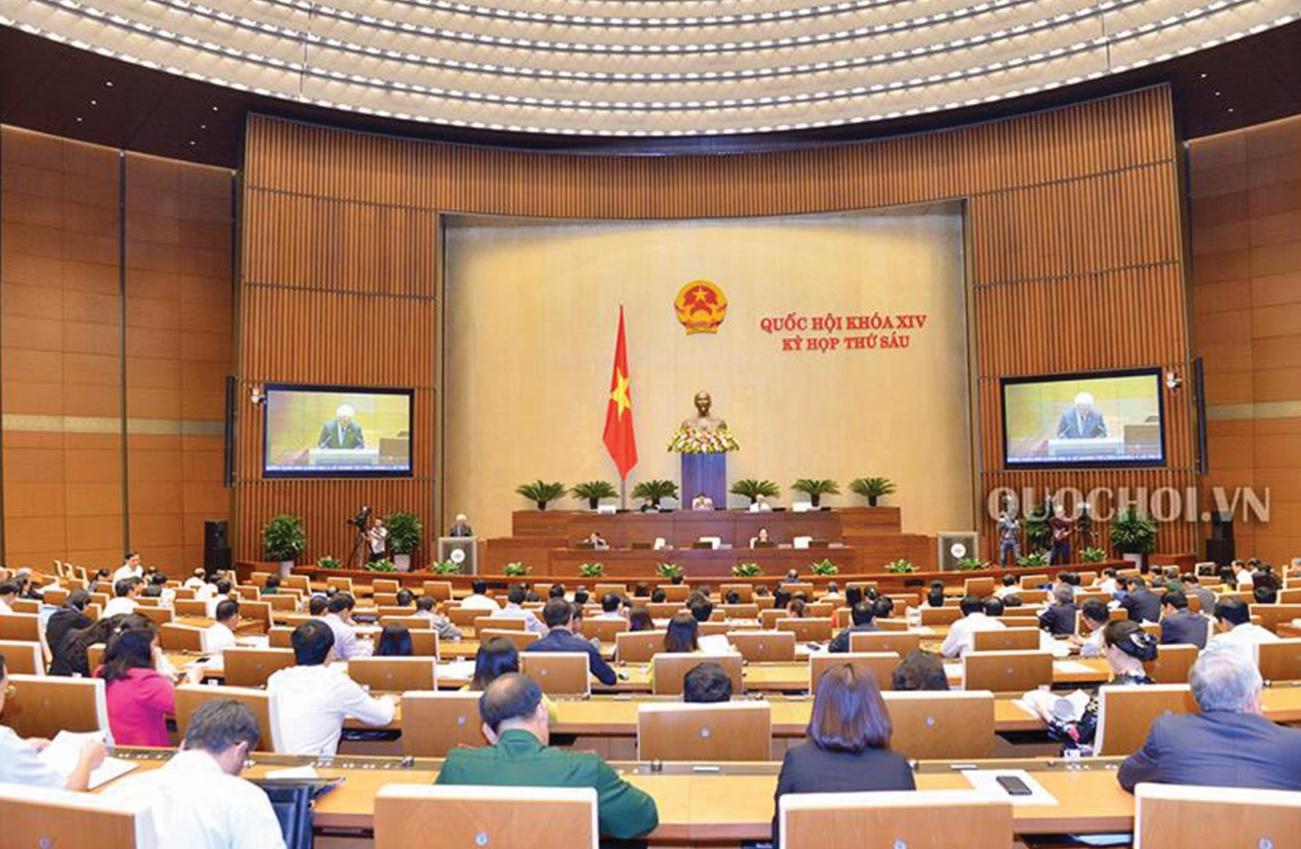 Quốc hội làm việc tại Hội trường ngày 6/11.