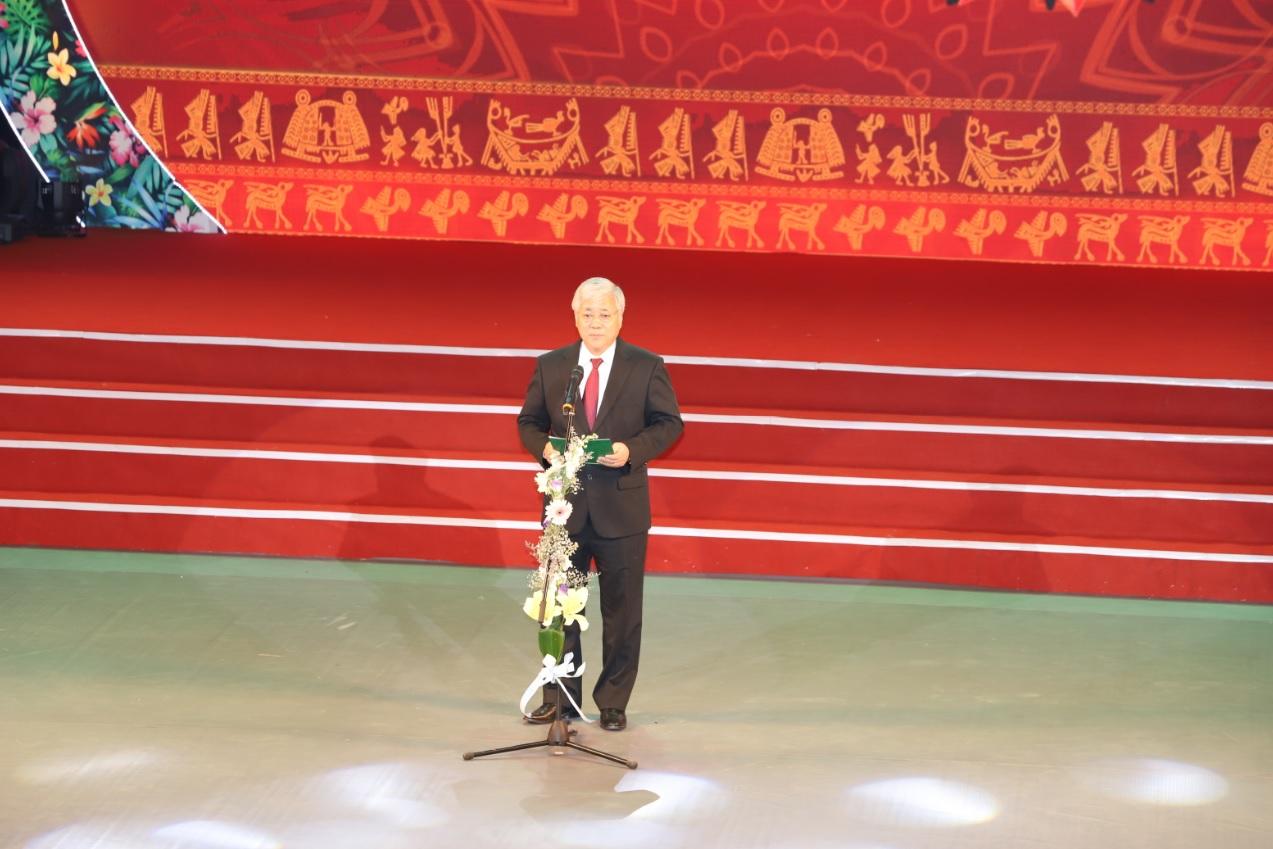 Bộ trưởng, Chủ nhiệm Ủy ban Dân tộc Đỗ Văn Chiến phát biểu tại buổi lễ.