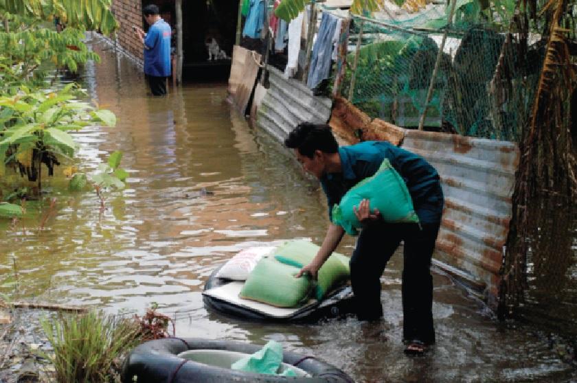 Trận ngập mới đây đã khiến cho người dân ĐBSCL bị động.