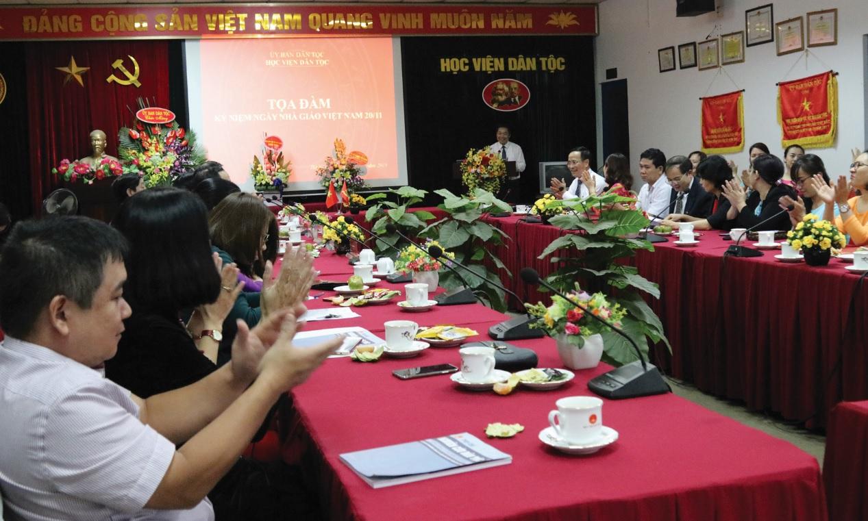 Nhà giáo Việt Nam