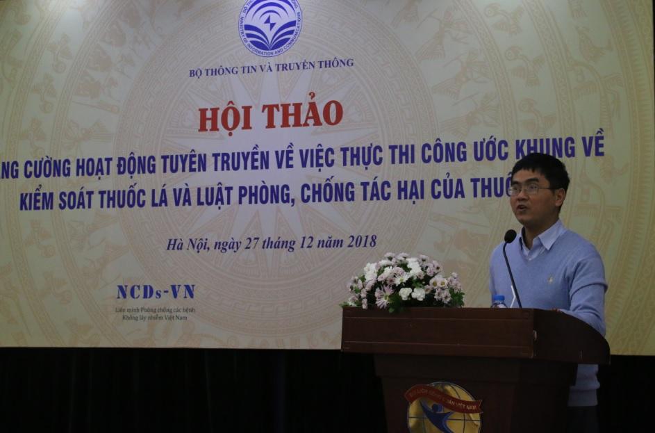 Ông Võ Thanh Lâm, Vụ trưởng Vụ Pháp chế, Bộ Thông tin và Truyền thông phát biểu tại buổi hội thảo
