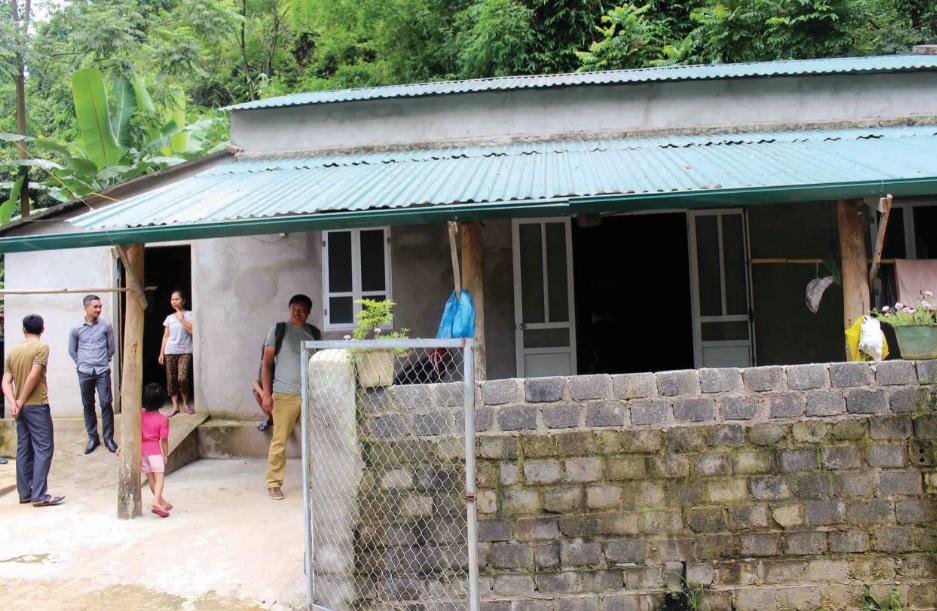 Xóa nhà tạm ở Phong Thổ