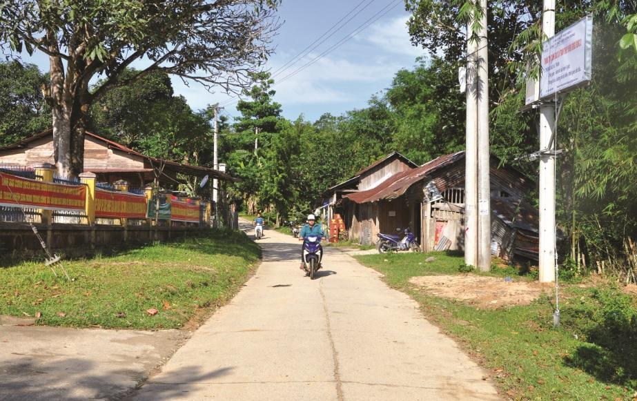 Xã biên giới La Dêê, huyện Nam Giang, tỉnh Quảng Nam luôn bình yên nhờ công sức đóng góp rất lớn của những Người có uy tín.