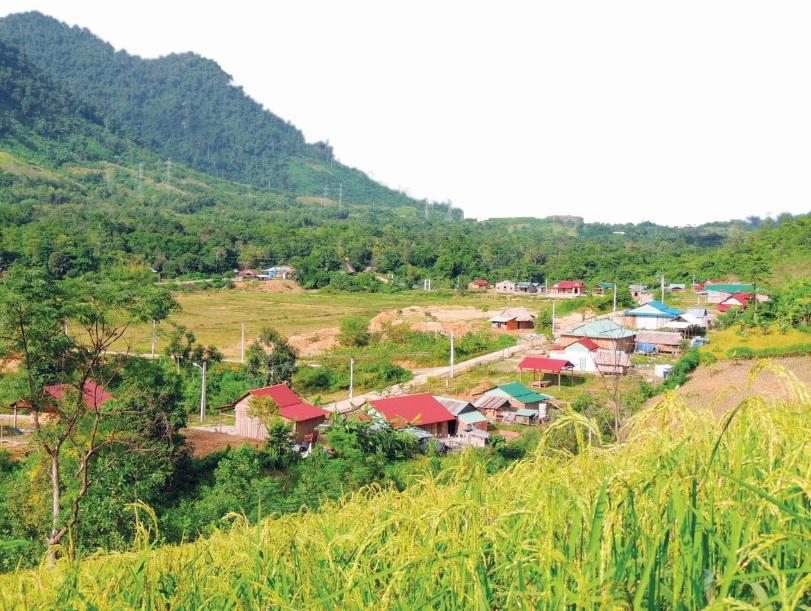 Nguồn lực đầu tư cơ sở hạ tầng của Chương trình 135 đã làm thay đổi diện mạo những bản làng vùng cao.