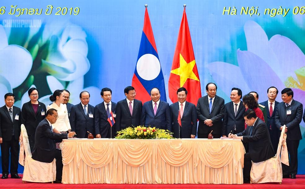 Việt Nam - Lào