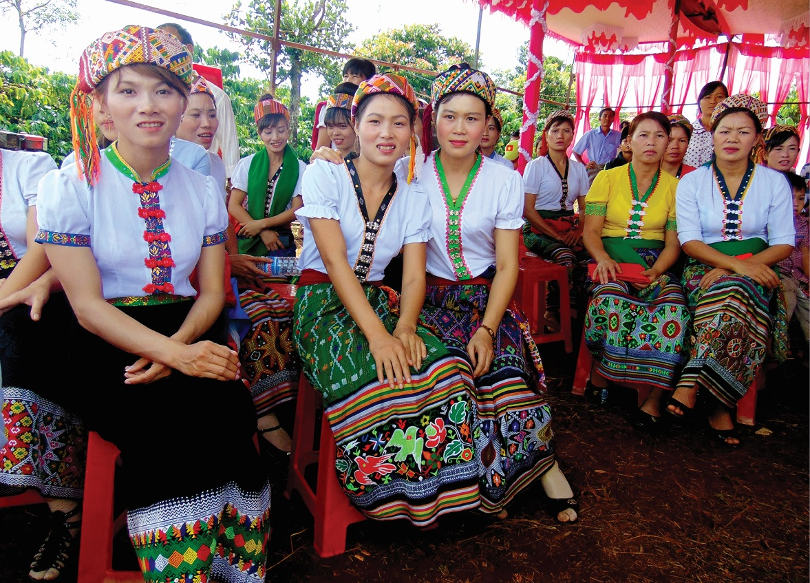lễ hội Kin lẩu khẩu mẩu