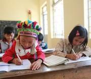 Giáo dục song ngữ