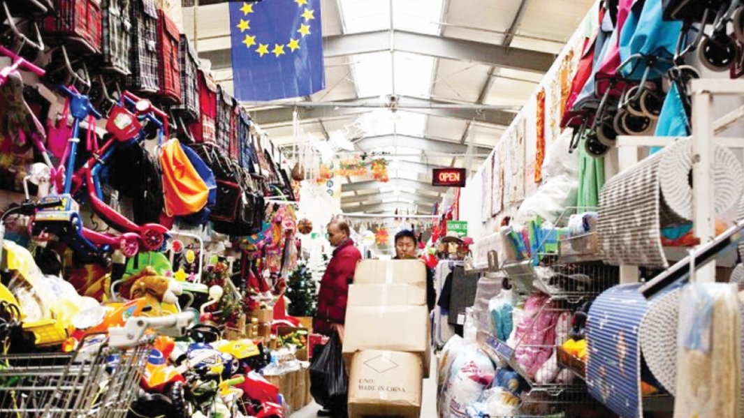 Chợ Đồng Xuân ở Thủ đô Berlin, nước Đức có khoảng 80% tiểu thương là người Việt Nam.