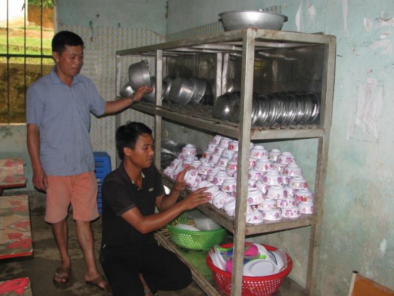 Bếp ăn bán trú tại Trường PTDTBT Huổi Luông, huyện Phong Thổ, tỉnh Lai Châu.