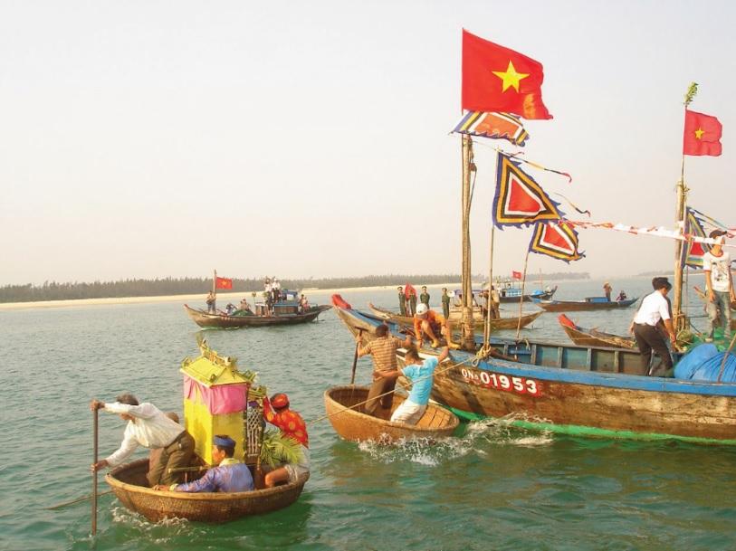 Rộn ràng lễ hội đầu Xuân trên đất Quảng