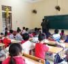 Học sinh trở lại lớp học sau Tết Nguyên đán