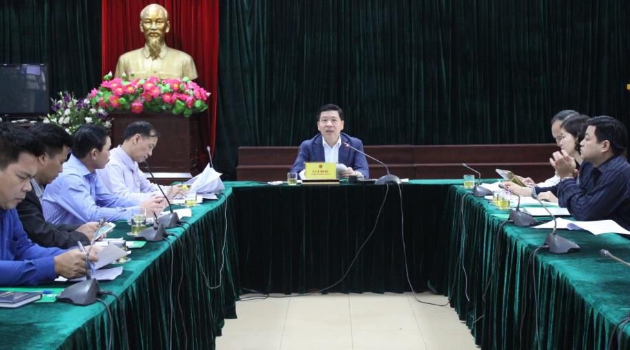 Thứ trưởng, Phó Chủ nhiệm Lê Sơn Hải chủ trì buổi họp.