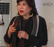 Việt kiều Nguyễn Nga