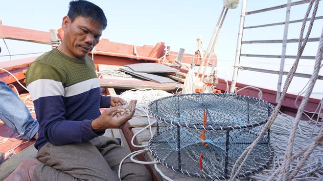 Ngư dân đã đóng tàu và đi biển nhiều năm vẫn chưa nhận đủ tiền hỗ trợ