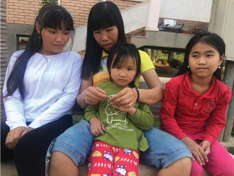 Hạnh phúc của chị Tím là hằng ngày được chăm sóc các con, chứng kiến chúng khôn lớn, trưởng thành, luôn vui vẻ và nghe lời mẹ.