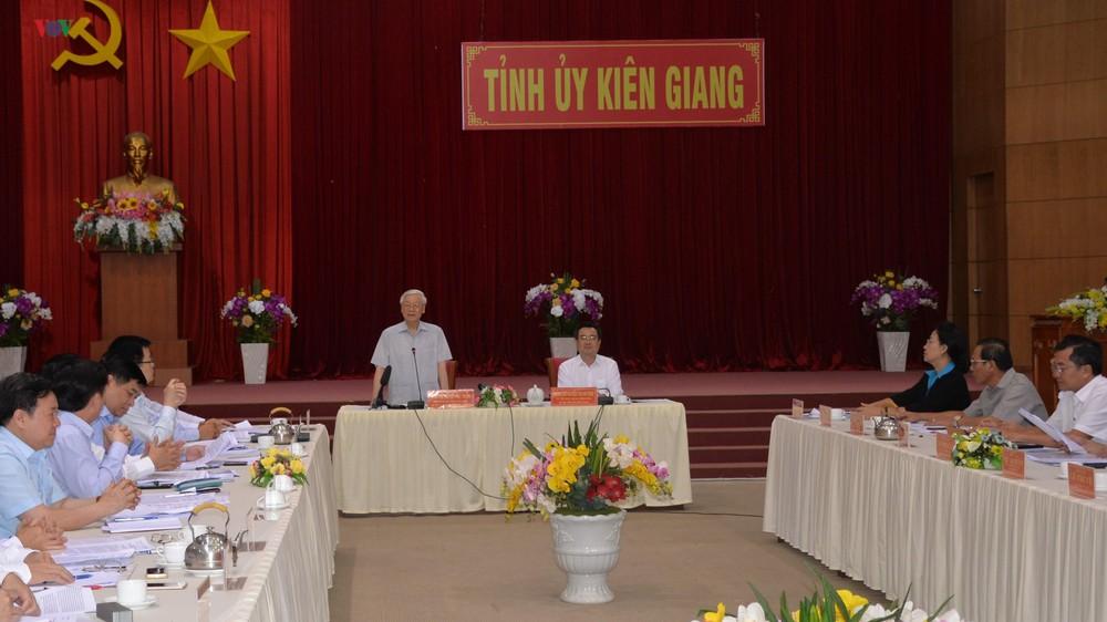 Tổng Bí thư Chủ tịch nước Nguyễn Phú Trọng làm việc với lãnh đạo chủ chốt tỉnh Kiên Giang