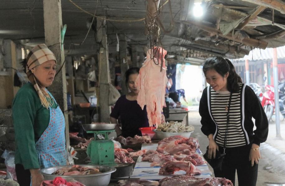 Thịt lợn là thực phẩm phổ biến ở vùng dân tộc và miền núi.