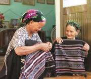 Làng Teng giữ gìn bản sắc văn hóa