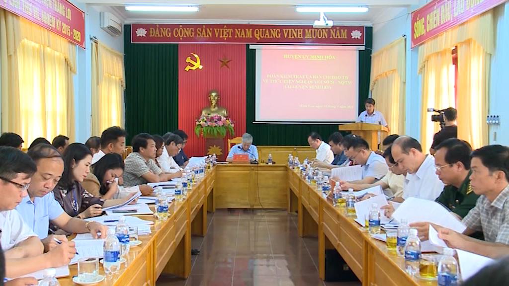 Đoàn kiểm tra của Ban Chỉ đạo Trung ương tổng kết Nghị quyết số 24-NQ/TW về công tác dân tộc làm việc tại xã Kim Thuỷ (huyện Lệ Thuỷ)