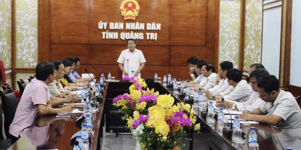 Ông Hà Sĩ Đồng, Phó chủ tịch UBND tỉnh Quảng Trị, trưởng ban chỉ đạo Đại hội dân tộc thiểu số chủ trì cuộc họp