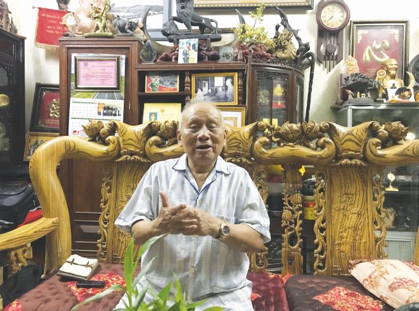 Thiếu tướng Võ Sở, Chủ tịch Hội truyền thống Trường Sơn–Hồ Chí Minh Việt Nam kể về con đường Trường Sơn huyền thoại. Ảnh: Thanh Huyền