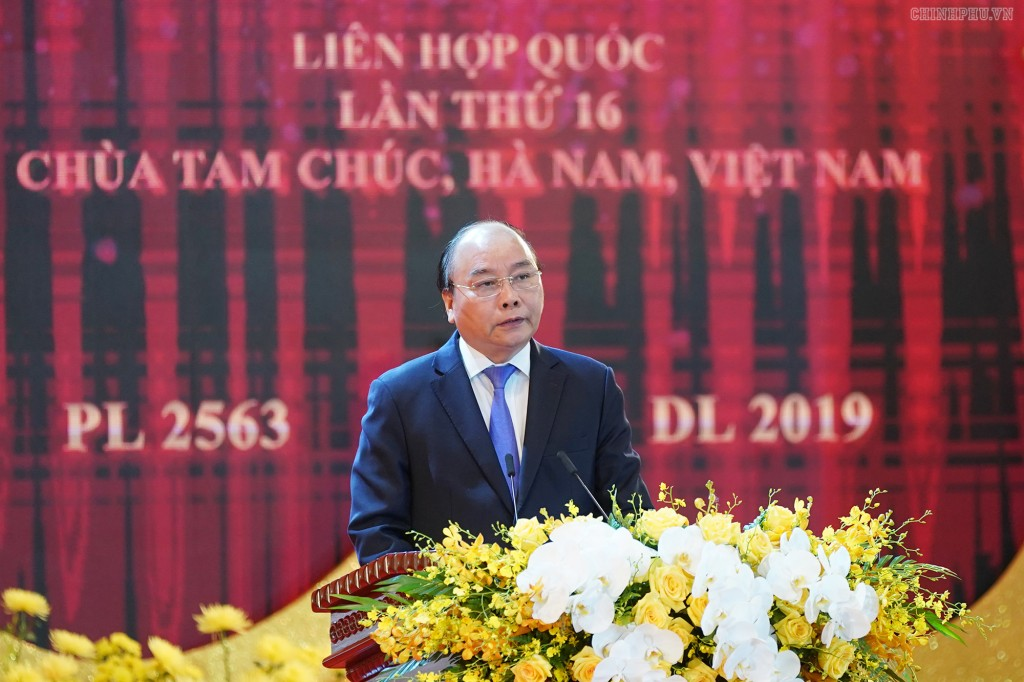 Thủ tướng Nguyễn Xuân Phúc phát biểu tại Đại lễ Vesak 2019. Ảnh VGP/Quang Hiếu
