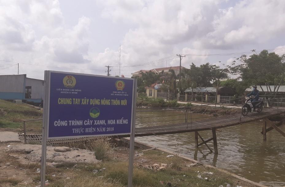 Xã bãi ngang ven biển Khánh Tiến vẫn chưa đạt tiêu chí Môi trong xây dựng NTM.