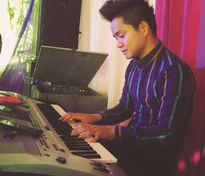 """Anh Hà Văn Chương, người đạt giải Ba trong cuộc thi """"Sáng tác ca khúc về đề tài dân tộc thiểu số và miền núi"""" dành cho các nhạc sĩ là người DTTS, năm 2018."""