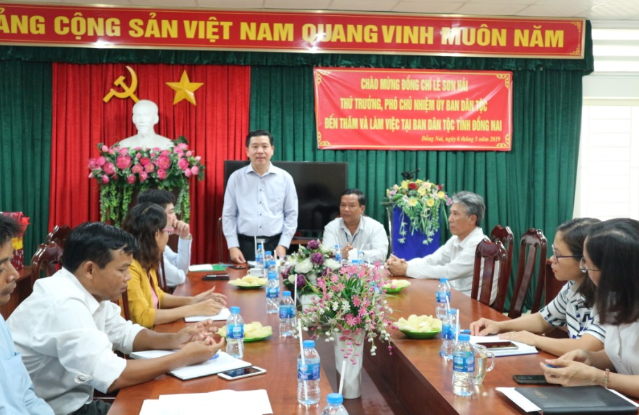 Thứ trưởng, PCN Lê Sơn Hải phát biểu tại buổi làm việc với Ban Dân tộc tỉnh Đồng Nai.